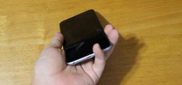 how_to_hold_iphone6plus (2)