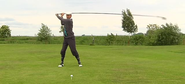 guinness_record_golf_driver_shot