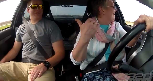 Mom DRIVES the 900hp 3Dx Evo5