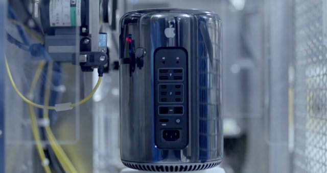 AppleMacPro003
