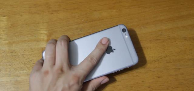 how_to_hold_iphone6plus (3)
