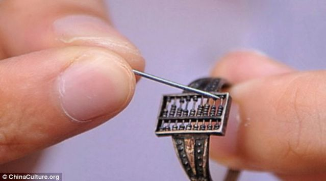 first_wearable_computer (1)-lll