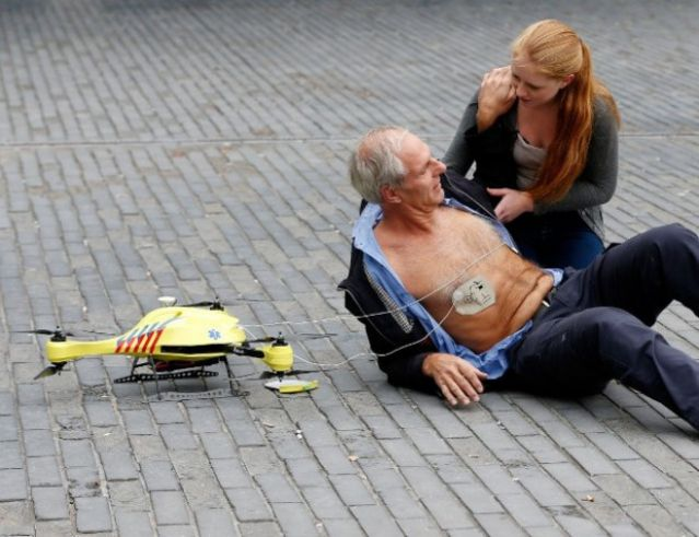 unmanned_helicopter_emergency_defibrillator_s